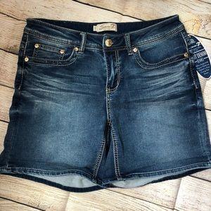 NWT Seven 7 Denim Bermuda Roll Cuff Jean Shorts